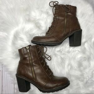 White mountain brown combat boots